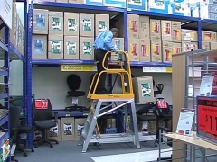 StockMaster Lift-Truk order picking ladder with lowered lift table